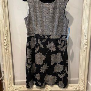 NWT GARDEN DRESS BY LONDON TIMES - Size XL